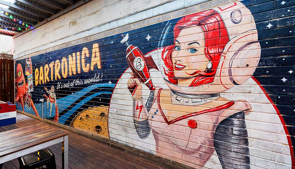 wall-to-wall-festival-justine-mcallister-bartronica-mural